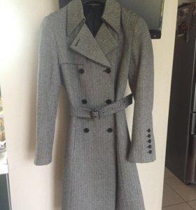Пальто демисезонное в рубчик
