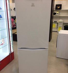 Двухкамерный холодильник Indesit sb167.027