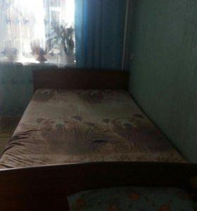 Кровать полуторка.