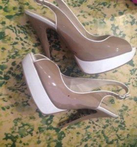 Обувь(туфли,сланцы,балетки)