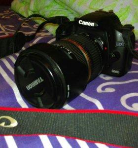 Срочно Зеркальный фотоаппарат Canon500d + Объектив