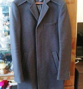 Пальто мужское новое М