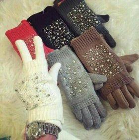 Перчатки новые.