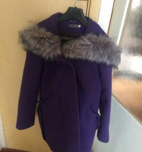 Пальто фиолетовое
