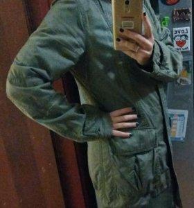 Куртка Uniqlo в стиле милитари
