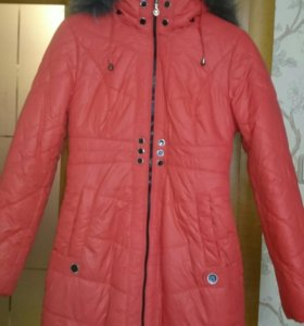 Куртка новая  зимняя 44 пуховик