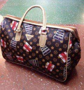 Модная дорожная сумка новая