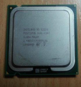 процессор Intel core 2 duo E2220 (2.4Ghz)