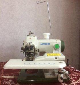 Швейная машина для потайной строчки