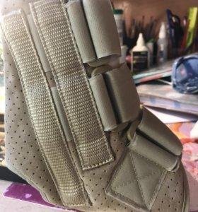 Голеностопный корсет для ноги