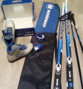 Лыжи, лыжные палки,ботинки 36 р.+ чехол