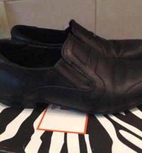 Туфли школьные 32р