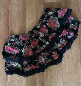 Юбка чёрная с цветами
