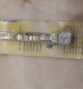 Часы женские наручные луч