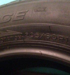 Michelin X-Ice xi2 205-60-16 96T
