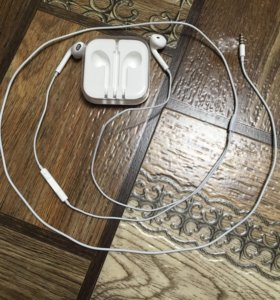 Наушники Apple EarPods с разъёмом 3,5 мм