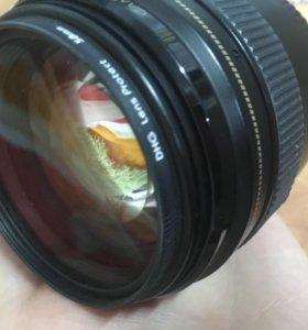 Объектив Canon 85 мм 1.8