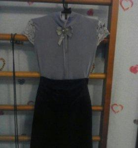 Чёрная юбка и блузка