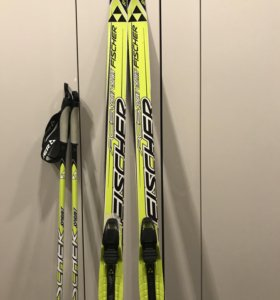 Беговые лыжи, палки ( комплект)