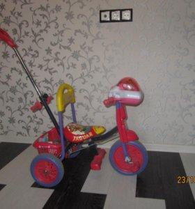 Продам трехколесный велосипед Ягуар