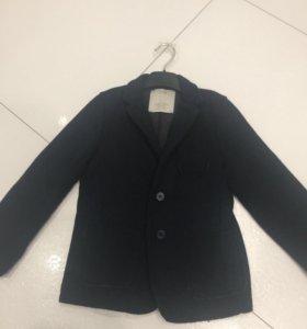 Пиджак Zara р.5-6 лет