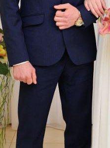 Мужской костюм (с рубашкой, галстуком, ремнем)