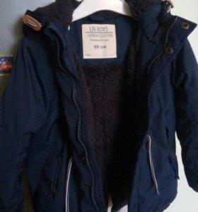 Куртка с капюшоном, синяя 98 размер