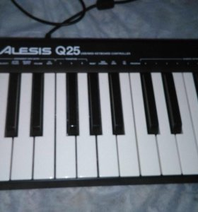 Клавиатура миди Alesia q25