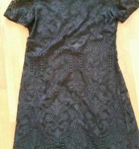 Платье кружевное 42-44
