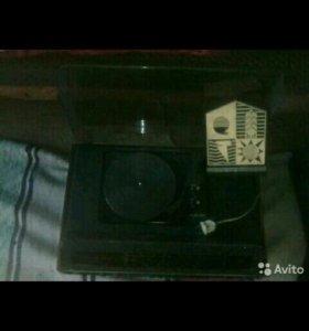 Радио-виниловый проигрыватель илга 310