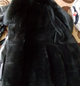 Продаю кожанное зимнее пальто