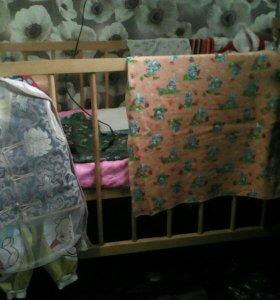 Детская кроватка с матрасом+переноска.