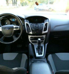 Продаю Форд Фокус 2014 г.в.,автомат,2.0л,149 л.с.