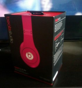Beats Studio by Dr. Dre Pink