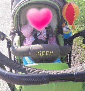 Коляска Zippy
