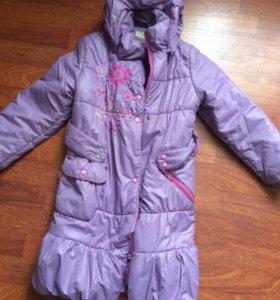Демисезонное пальто на девочку ~7 лет