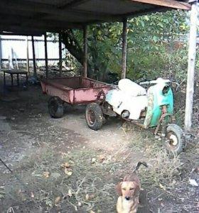 Буксир-трицикл с прицепом.