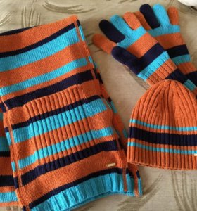 Комплект шапка, шарф, перчатки