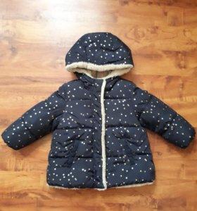 Зимняя куртка на девочку.