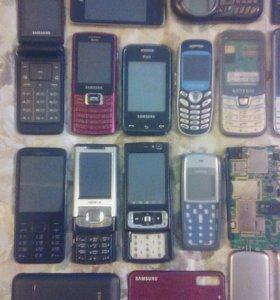 Телефоны НА ЗАПЧАСТИ или под восстановление.