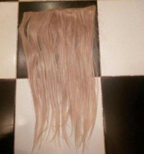 Продам волосы на заколках.новые