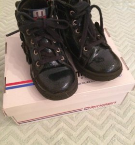 Демисезонные ботинки 26 размер Minimen