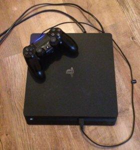 PlayStation4 slim