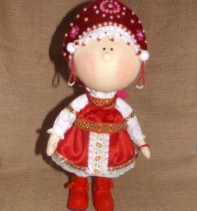 Кукла интерьерная в народном костюме