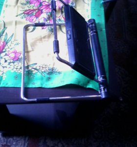 Подставку под ноодбук с двумя вентиляторами