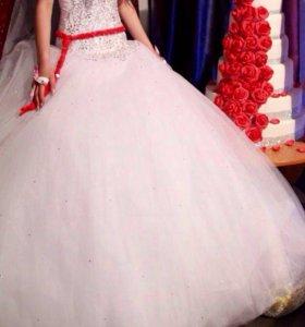 Свадебное платья