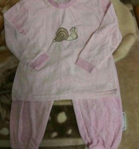 Пижамка новая, велюр, рост 110-116.