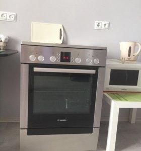 Электрическая плита (60 см) Bosch HCE743350E