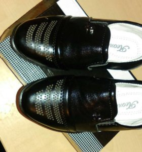 продам туфли новые размер 21