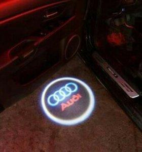 Дверные прэкторы с логотипом авто